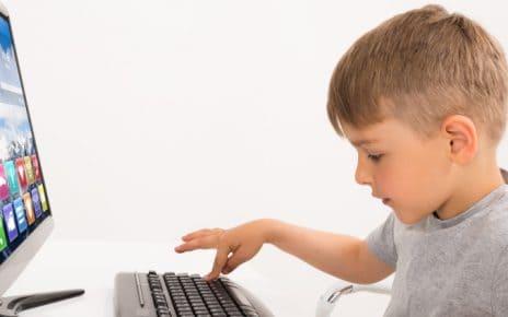komputer a dziecko